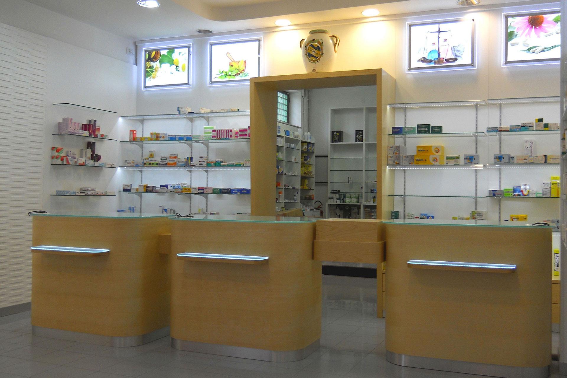 Farmacia Passarelli S.a.s. - Villaggio Coppola CE
