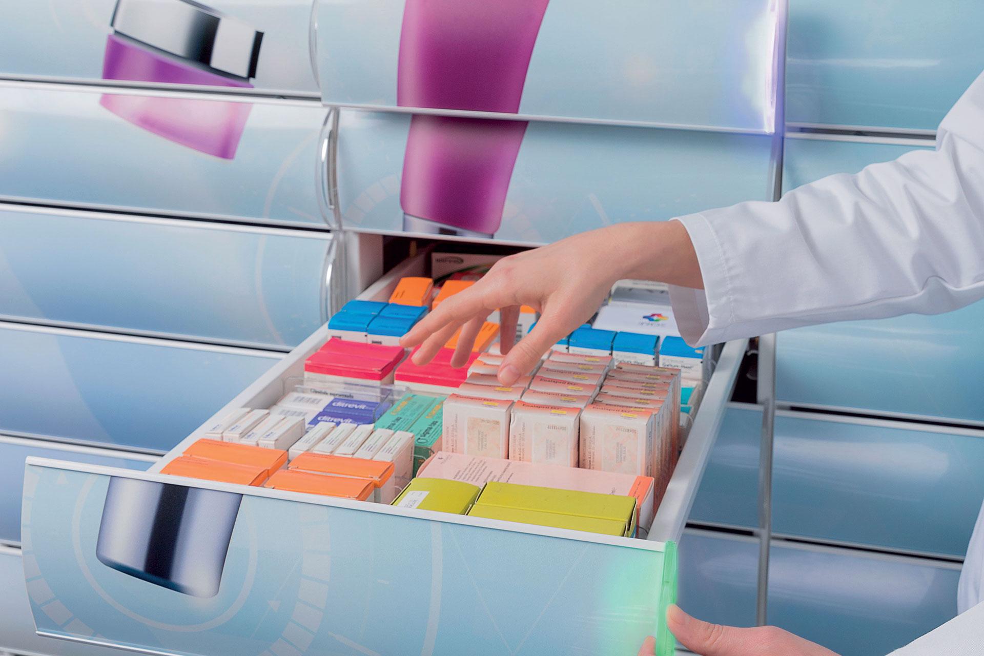 Attrezzature per farmacie e parafarmacie